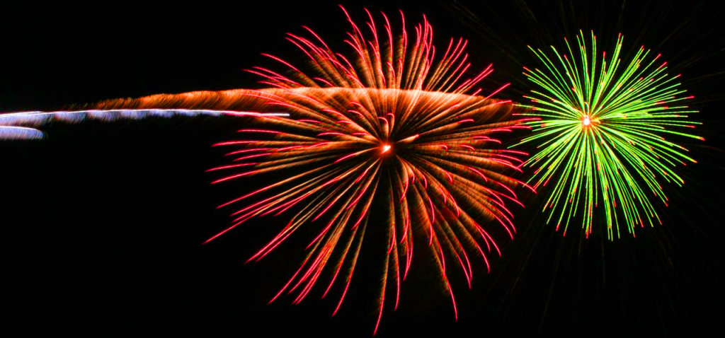 Firework_by_druchoy_(Krinkle)